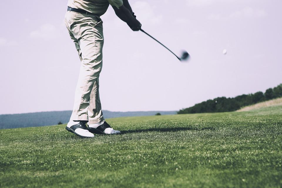 golf i golfklub